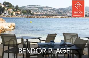 Restaurant de plage à Bandol sur l'île de Bendor dans le Var