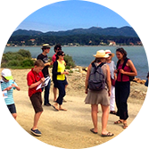 Promenade familiale sur l'île des Embiez