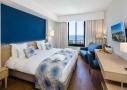 Chambre supérieure de l'hôtel Hélios 4 étoiles sur l'île des Embiez, à proximité de Sanary
