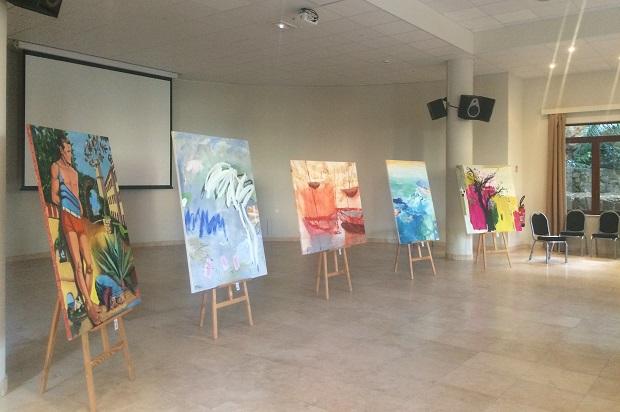 tableaux de l'édition 2018 du 9ème Symposium International de peinture Paul Ricard sur l'île de Bendor