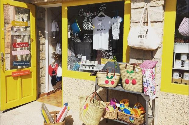 La boutique jaune de l'île de Bendor Les Fées Mer