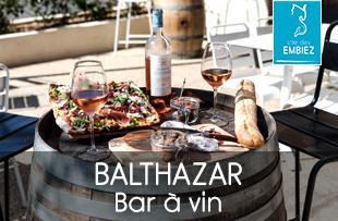 Bathazar est un bar à vin ouvert en saison sur l'île des Embiez