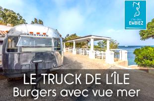 Truck de l'île food truck proposant des burgers avec vue panoramique sur la mer