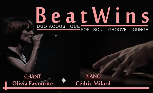 Duo BeatWins duo chant et piano en concert live au Sarti Ile des Embiez