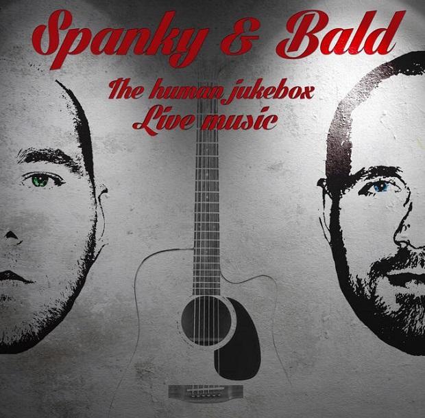 Duo Spanky et bald en duo acoustique au SARTI Live sur l'île des Embiez