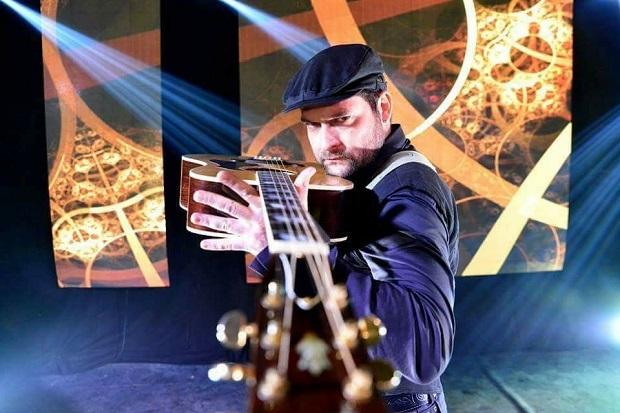 Laurent téatino en duo pour un concert live au SARTI île des Embieza