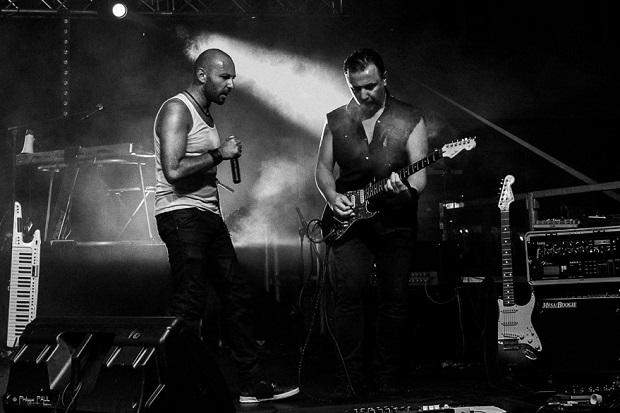 DUST groupe musique concert live soiree plage embiez
